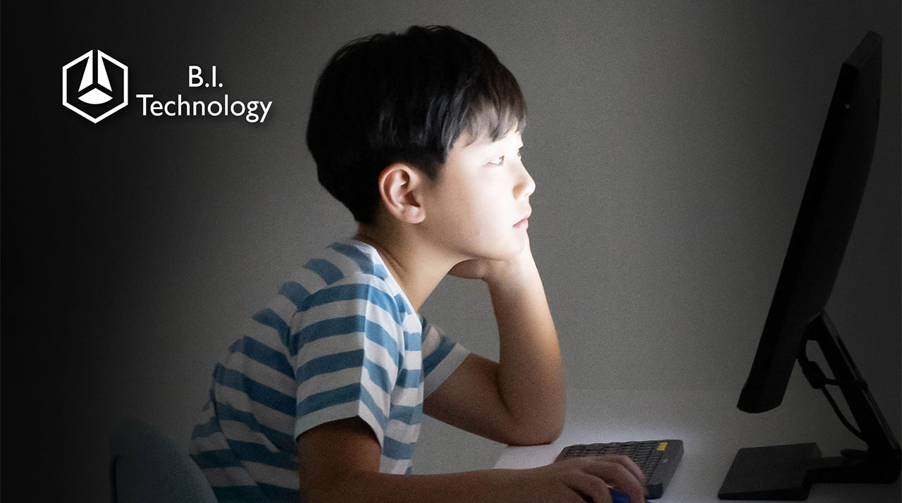 BenQ Brightness Intelligence Tech (B.I. Tech) can detect and adjust brightness automatically according to surrounding light to safeguard children's eye health.
